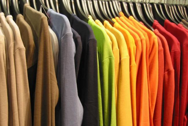 Відновлюємо колір одягу після прання і линьки в домашніх умовах – чорний e3b9652a7d8b4