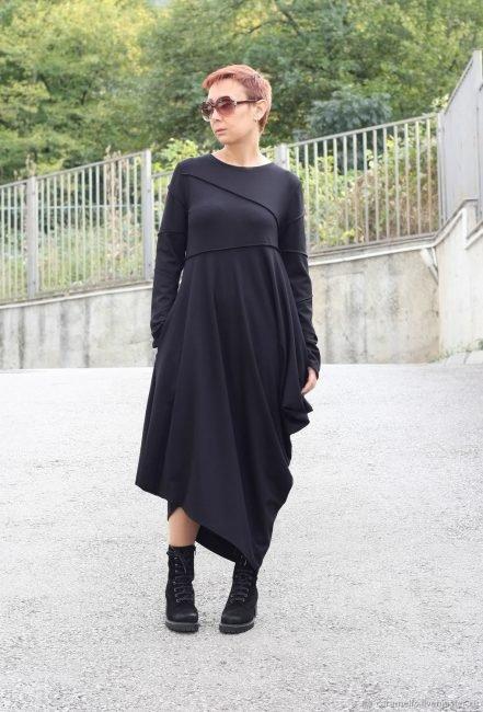 Маленьке чорне плаття  з чим носити в 2019 році + 100 ФОТО. Теплий варіант чорного  плаття fc2c31efbd8a2