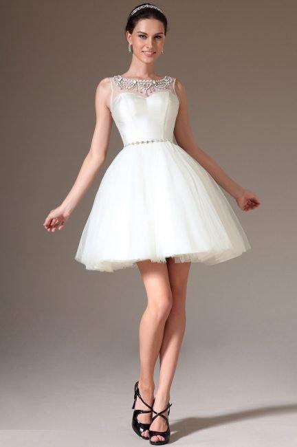 Модні короткі сукні в 2019 році  весільні 77815b63216f4