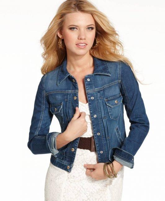 Модні гарні джинси 2019 жіночі  тренди fdddcb1af3322