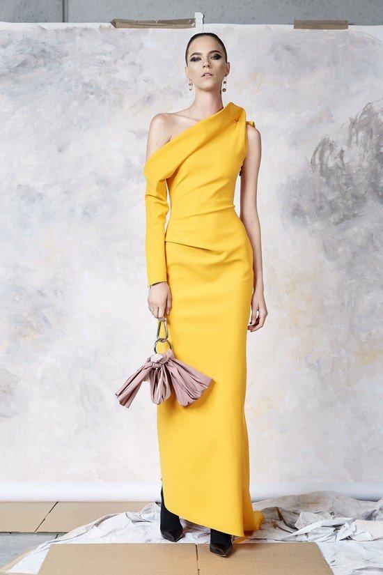 Святковий новорічний наряд — фото ідеї сукні на Новий 2019 рік ... 7a5f37eac5ace