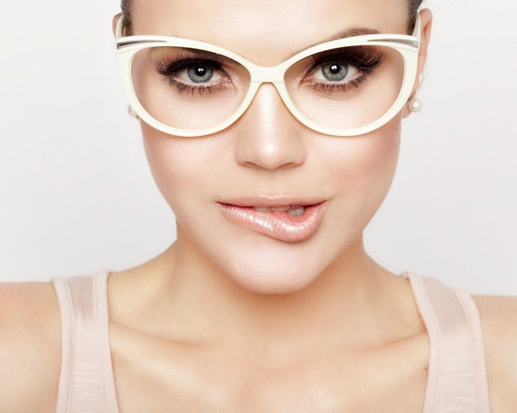 Які контактні лінзи та лінзи для окулярів краще вибрати   1e1f04b6828fa